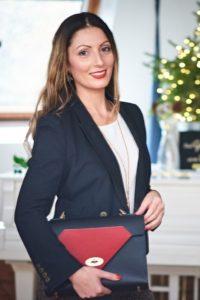 Roberta Lee - London's Sustainable Stylist - Wearing Preloved and Ethical Fashion Brand Tatum Diamond London
