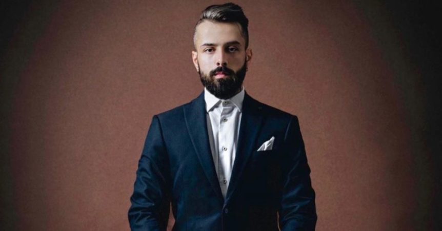 Dan Pontarlier | Sustainable Man | Sustainable Fashion and Menswear | Navy Suit)